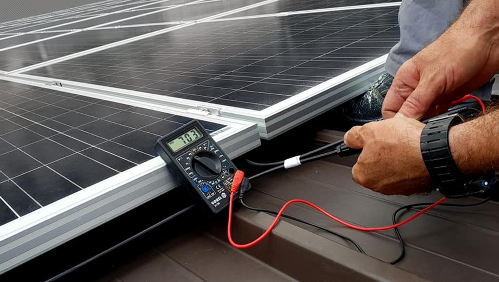 Solar-Panel-Installation-Process