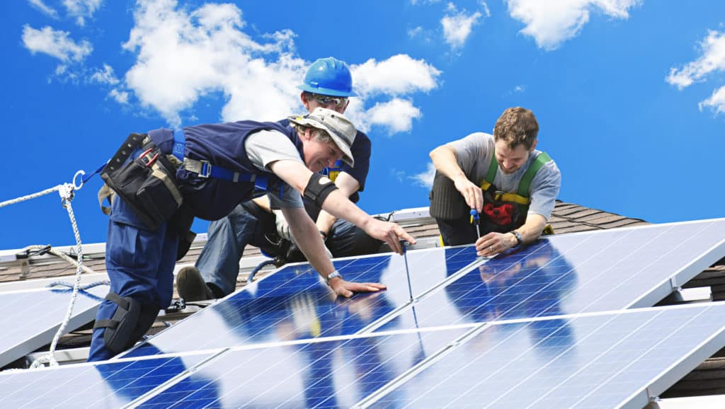 Solar-Panel-Installers-And-Working-Process