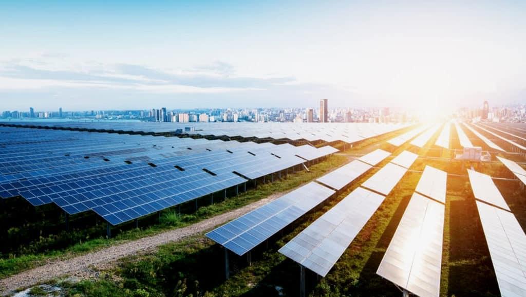 Solar-Panels-On-The-Grass