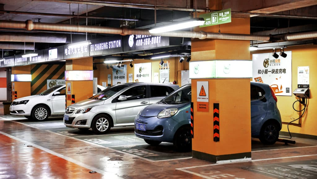 Public-EV-Chargers-And-Vehicles