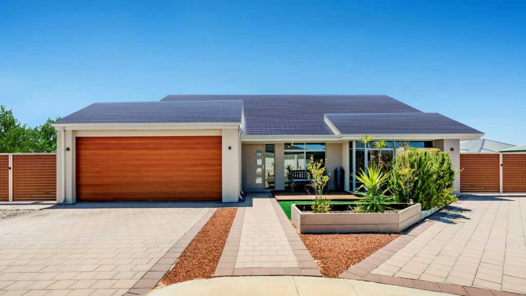 Solar-Panels-On-The-House-Roof
