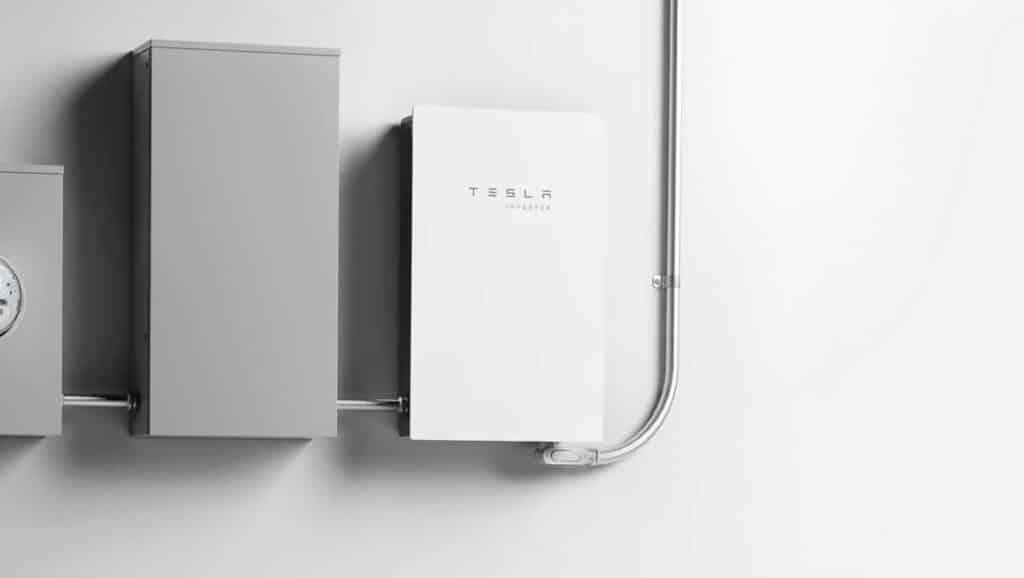 White-Solar-Inverters